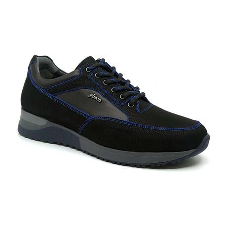 Rui Sneaker // Black + Blue (Euro: 39)