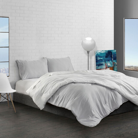 Reversible Brushed Microfiber Plush Down-Alt Comforter Set // White + Platinum (Twin)