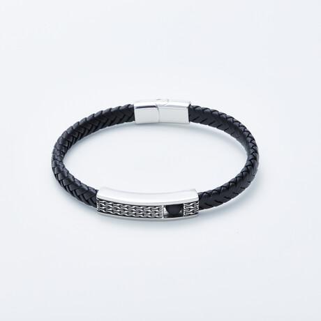 Dell Arte // Braided Leather Bracelet + Rotating Onyx Bead // Black + Silver