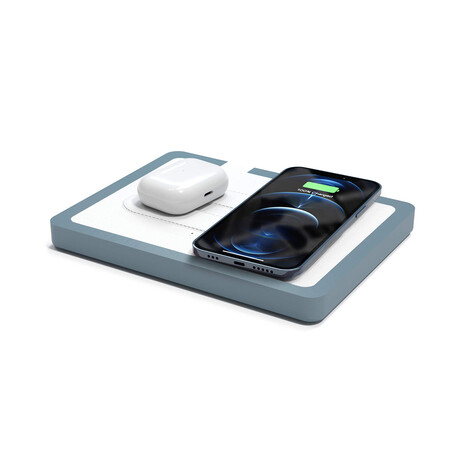 NYTSTND DUO MagSafe Wireless Charging Station // White Top (Oak Base)