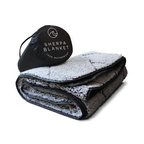 Waterproof Sherpa Blanket // Black