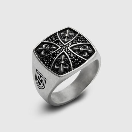 Fleur-de-lis Cross Patee Ring // Silver (8)