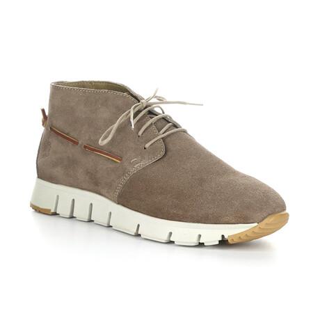 SKYR240FLY Sporty Chukka Sneaker // Taupe (EU Size 42)