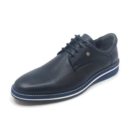 2106 Classic Shoe // Navy Blue (Euro: 39)