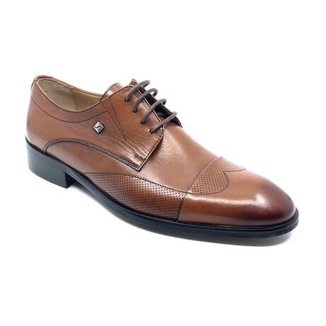 1090 Classic Shoe // Tobacco (Euro: 39)