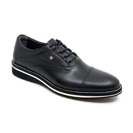 2074 Classic Shoe // Black (Euro: 39)
