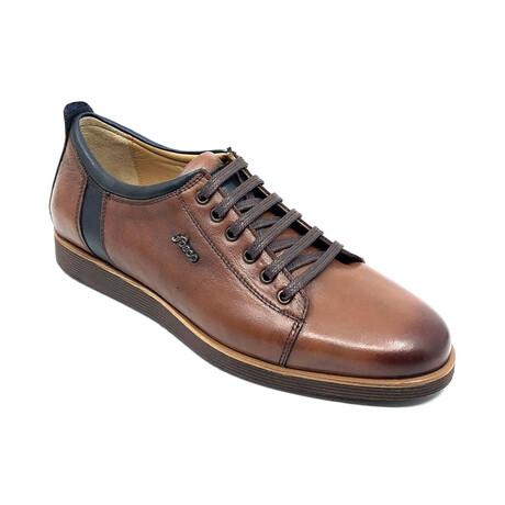 1120 Sneaker // Tobacco (Euro: 39)