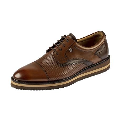 9586 Classic Shoe // Tobacco (Euro: 39)