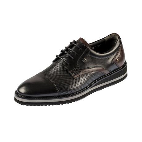 9586 Classic Shoe // Black (Euro: 39)