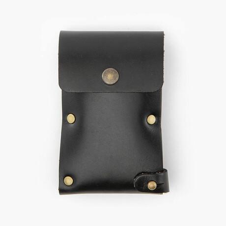 Leather Dugout // Rivet // Black