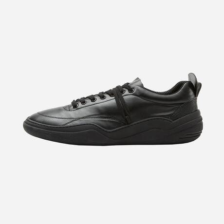 Salaria Low Sneakers // Black (Euro: 40)