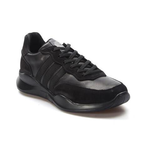723MA101 Casual Shoes // Black Nubuck (EU Size 39)