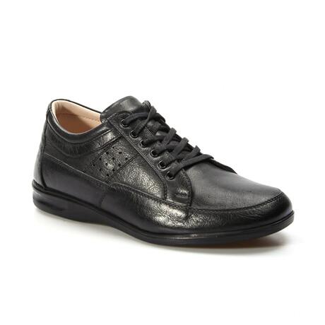 662MA03 Casual Shoes // Black (EU Size 38)