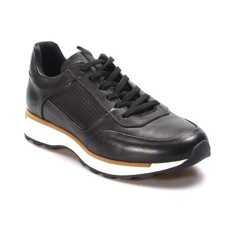 723MA120 Sports Shoes // Black (EU Size 39)
