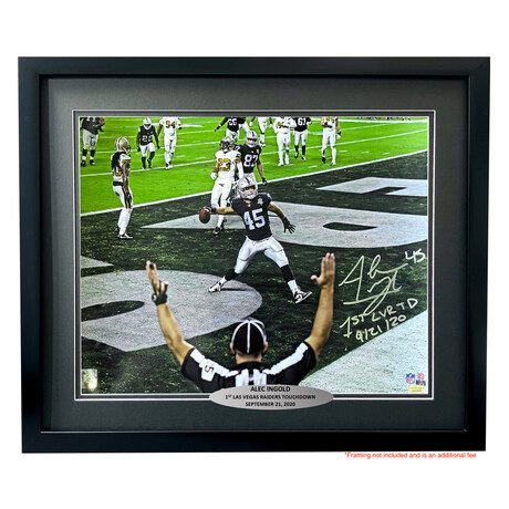 """Alec Ingold // Signed + Framed Raiders 16x20 Photo // """"1st LV Touchdown 9/21/20"""" Inscription"""