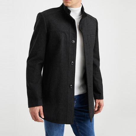 Evan Coat // Black (S)