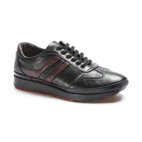 662MA1001 Casual Shoes // Black + Claret Red (EU Size 40)