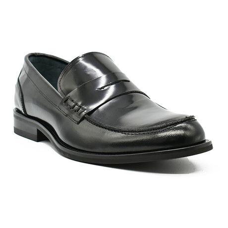 Valentino Shoe // Black (Euro: 39)