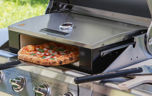 Make Professional Pizzas on the Grill