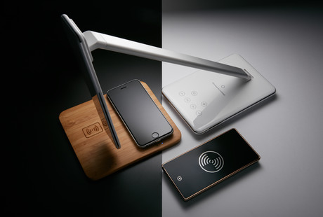 Qi Wireless Charging Devices
