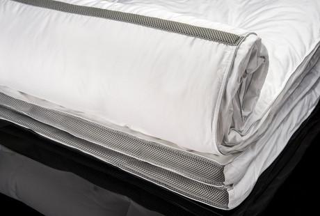 Temperature Regulating Bedding