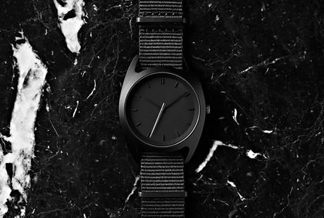 Minimal Quartz Watches