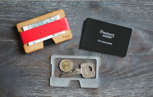 Minimalist + Functional Wallets
