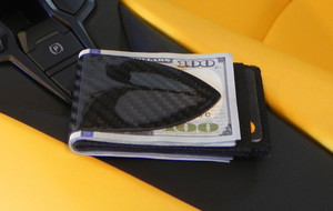 Minimalist Carbon Fiber Wallets