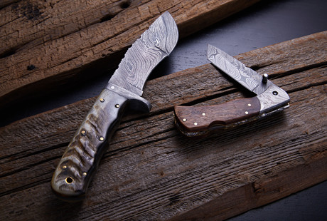 Damascus Fixed Blades + Hunting Knives