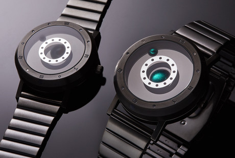 The World's First Liquid Metal Display Watch