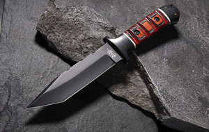 Hunting Knives, Daggers + Blades