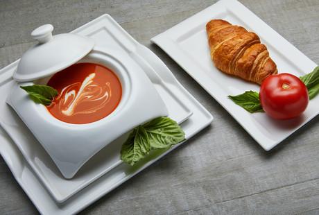 Instagrammable Dinnerware