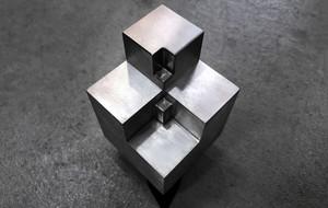 Mind-Boggling Dual Metal Element Block