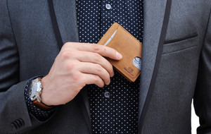 The Slimmest RFID-Blocking Wallet