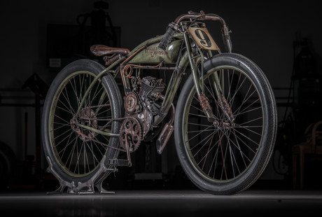 Custom Track Racer Replica Bike