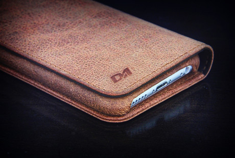 Artisanal Leather iPhone Solutions