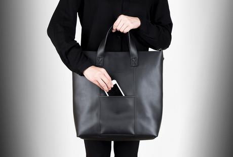 Refined Minimalist Bags