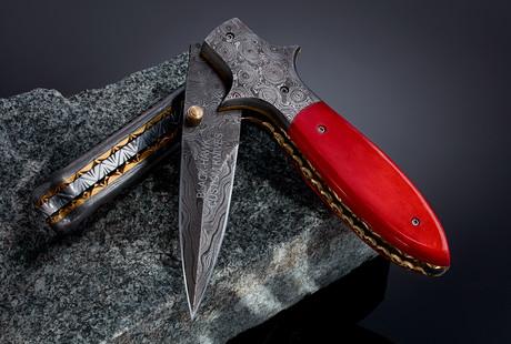Incredible Damascus Blades