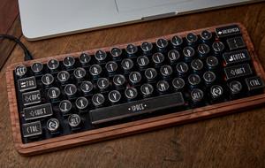 The Typewriter Inspired Keyboard
