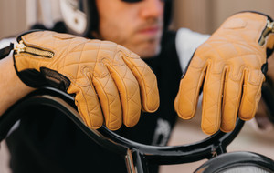 Retro-Moto Leather Gloves
