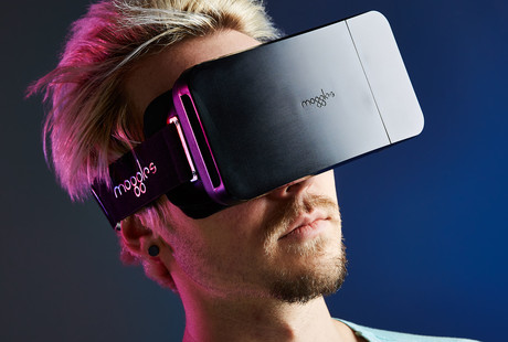 Foldable, Portable VR Headset