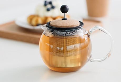 Elegantly Simple Tea + Coffee Brewers