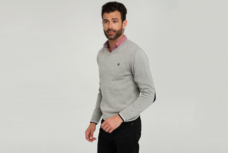 Pullovers, Cardigans, & Jackets