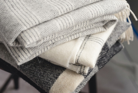Luxurious Blankets & Throws