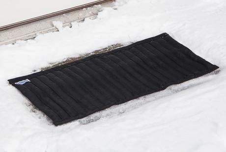 The Snow-Melting Mat
