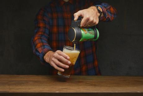 The Handheld Beer Foamer