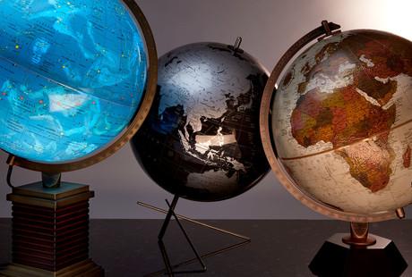 Globes Inspired By Frank Lloyd Wright