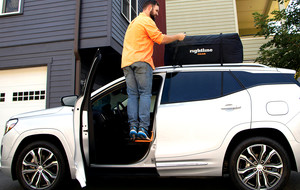 Attachable Vehicle Rooftop Step