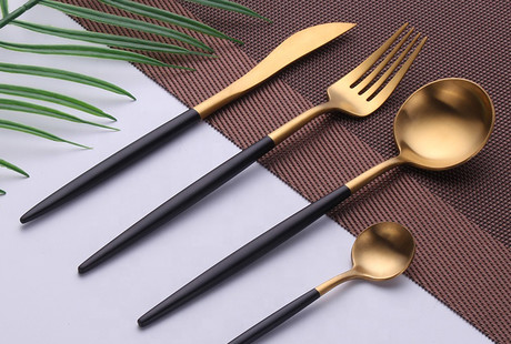 Elegant + Ergonomic Cutlery Sets