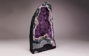 Spectacular Mineral + Gem Displays